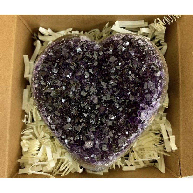 Healing Crystals - Amethyst Heart Holiday Gift Box